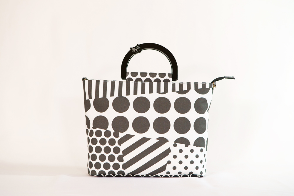 Saori Mochizukiの新作バッグ・原点回帰・ホワイト