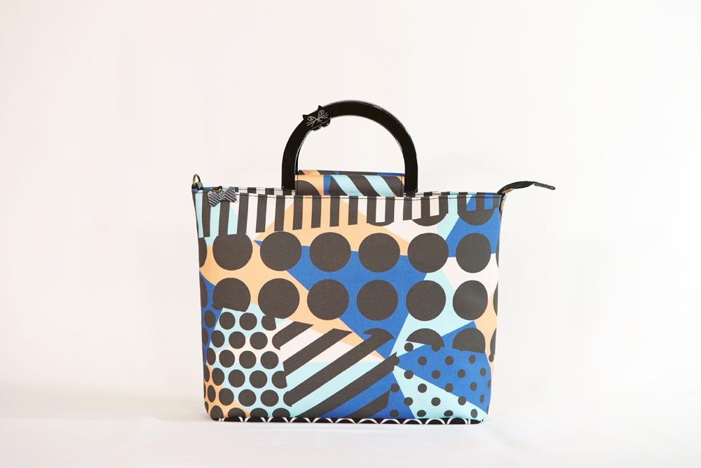 Saori Mochizukiの新作バッグ・原点回帰・ブルー