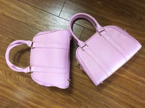Saori Mochizuki(サオリモチヅキ/望月沙織)のオリジナルレザーバッグ