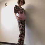 桜色・牛革ミニボストンバッグの着画イメージ