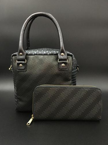 Saori Mochizuki(サオリモチヅキ)バッグデザイナー/望月沙織の本革バッグと長財布
