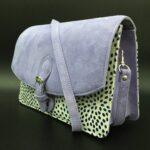 ラベンダー x 水玉の羊革&豚革のショルダーバッグの詳細
